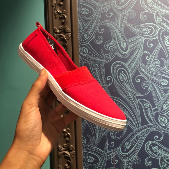 house of she Shoes - NWT - Red Flat Slip-on Shoes